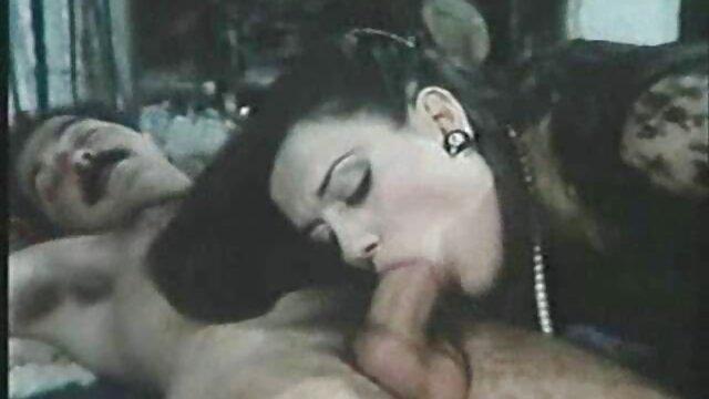 بررسی سوالات داغ آدری Bitoni و صوفیه رسی فیلم سکسی بکن بکن پخش شود