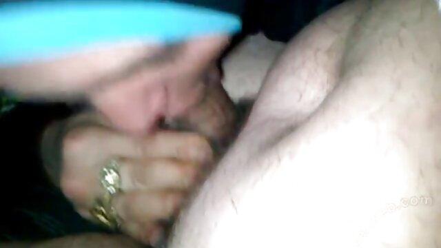 دو جوجه بالغ هیجان زده بکن بکن زن خارجی در چهار را Cocks داغ!
